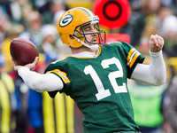 gb_nyg_a_rodgers_111129_gcp