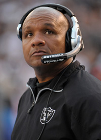 Hue Jackson will be formally introduced as the Oakland Raiders' new head coach Tuesday.