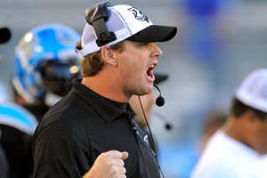 Jay Gruden brings seven years of NFL experience and many more years of success in the Arena League to the Bengals' offensive coordinator job.