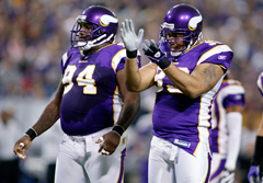 Vikings defensive linemen Pat Williams (left) and Kevin Williams should serve their four-game suspensions for violating the NFL's anti-doping policy, a Minnesota appeals court ruled Tuesday.