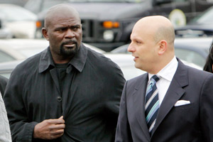 Ex-Giants linebacker Lawrence Taylor (left) was