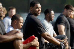 NFL players, Richard Seymour included, are training their own way during the lockout.