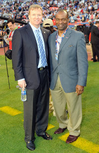 NFL Commissioner Roger Goodell (left) and NFLPA executive director DeMaurice Smith and their staffs will meet face-to-face in Minnesota this week.