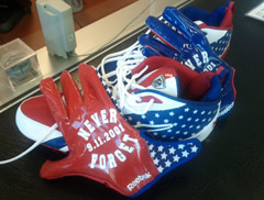 Lance Briggs tweeted this picture of American flag-themed cleats and gloves, which he said he plans to wear Sunday in the Chicago Bears' season opener.