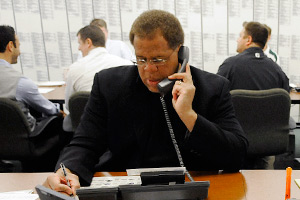 Reggie McKenzie is no stranger to the draft war room and is one of the hottest prospective GMs in the NFL.