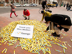 Pawngo.com thought -- almost impossibly -- this would go over well with the denizens of Boston.