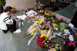 Fans set up a makeshift memorial outside Junior Seau's restaurant in San Diego.
