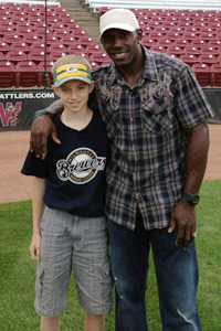 Donald Driver gave Stephen Wagner the star treatment. / Special to NFL.com