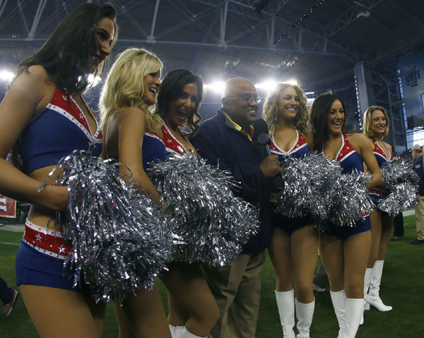 Patriots cheerleaders won't be playing the Giants cheerleaders in a powder puff football game