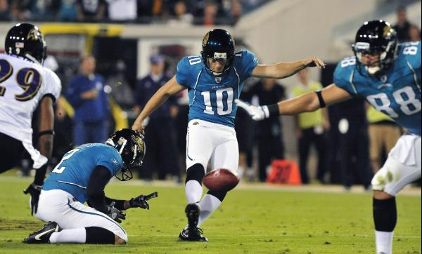 Jaguars kicker Josh Scobee