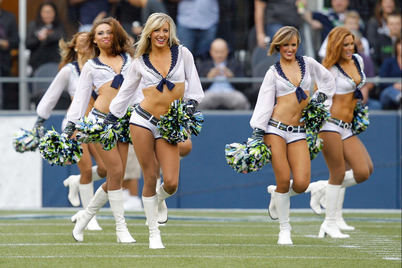 Nfl cheerleaders 2013 uniforms