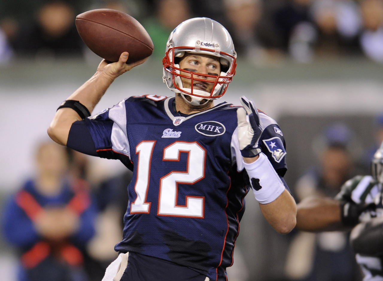 I opened with Brady as my No. 6 quarterback before finally coming to my senses and moving him up to No. 2. Brady followed a trend of burying the Jets in the second-go-around by posting more than 25 fantasy points. I won't use the same expression Bill Belichick did when he walked off the field on Sunday night, but this was a pretty rewarding performance.