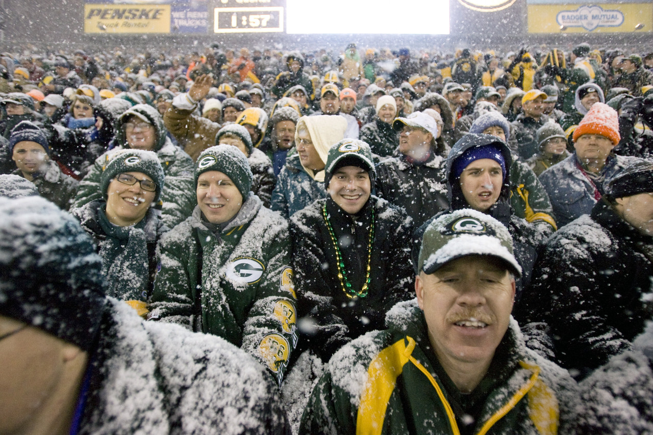 Green Bay Packers vs. Detroit Lions <br><br> <b>Temperature: 2 degrees</b>
