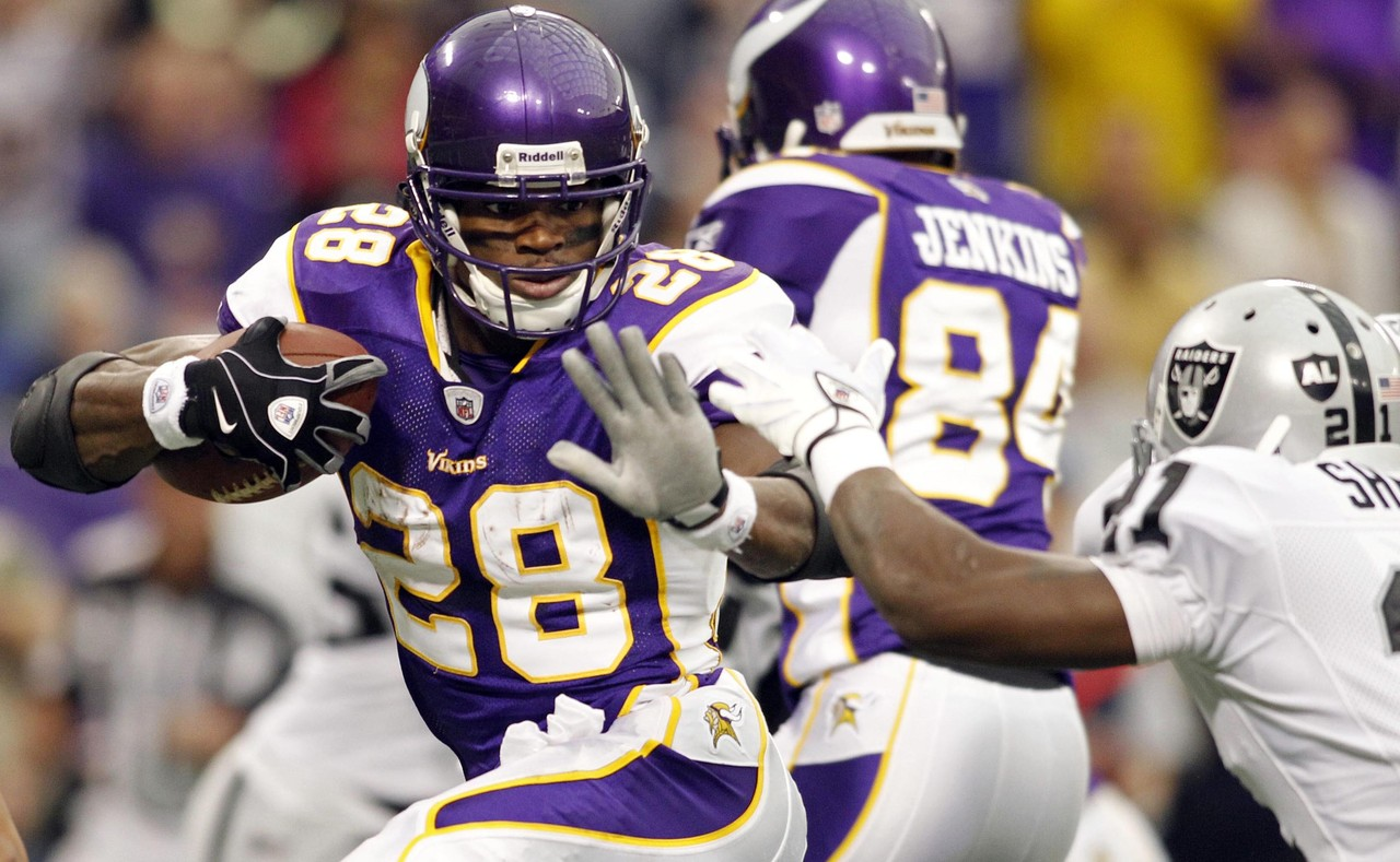 peterson essay edge Free essay: dionte richards english comp1 3/20/13 descriptive essay adrian peterson is known as a running back for the minnesota vikings he is a role model.