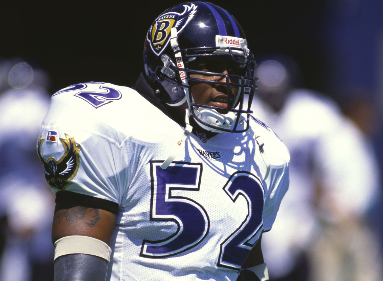 26-ray-lewis-baltimore-ravens-1996_pg_60