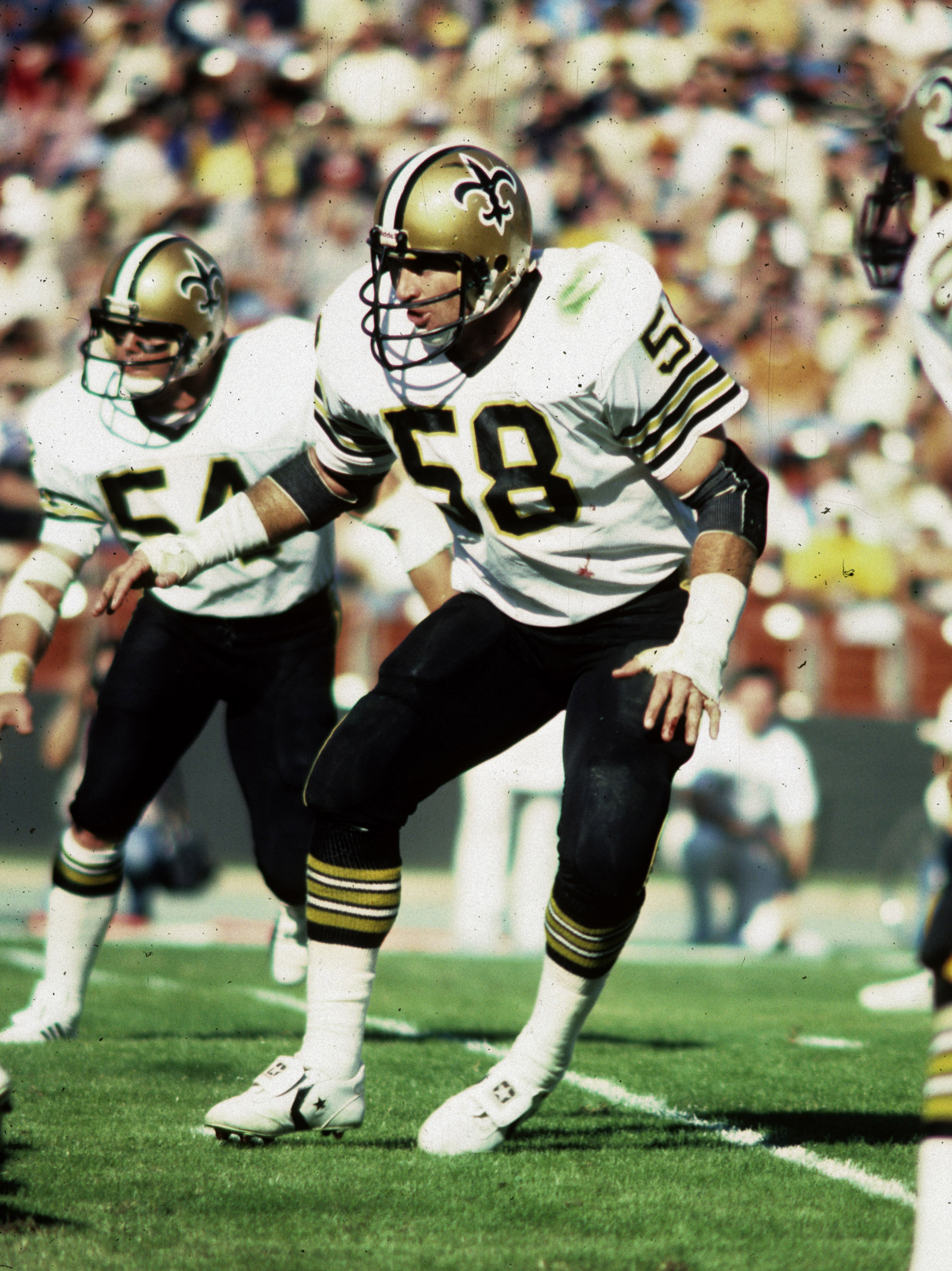 1972 NFL Draft, fourth round, New Orleans Saints -- Federspiel played nine seasons for the Saints (1972-1980) and one season for the Baltimore Colts (1981).  (AP Photo/NFL Photos)