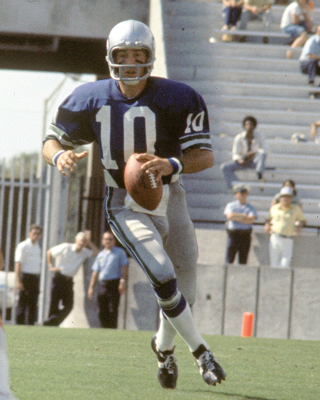 Seahawks Uniform History – 1976 to Present
