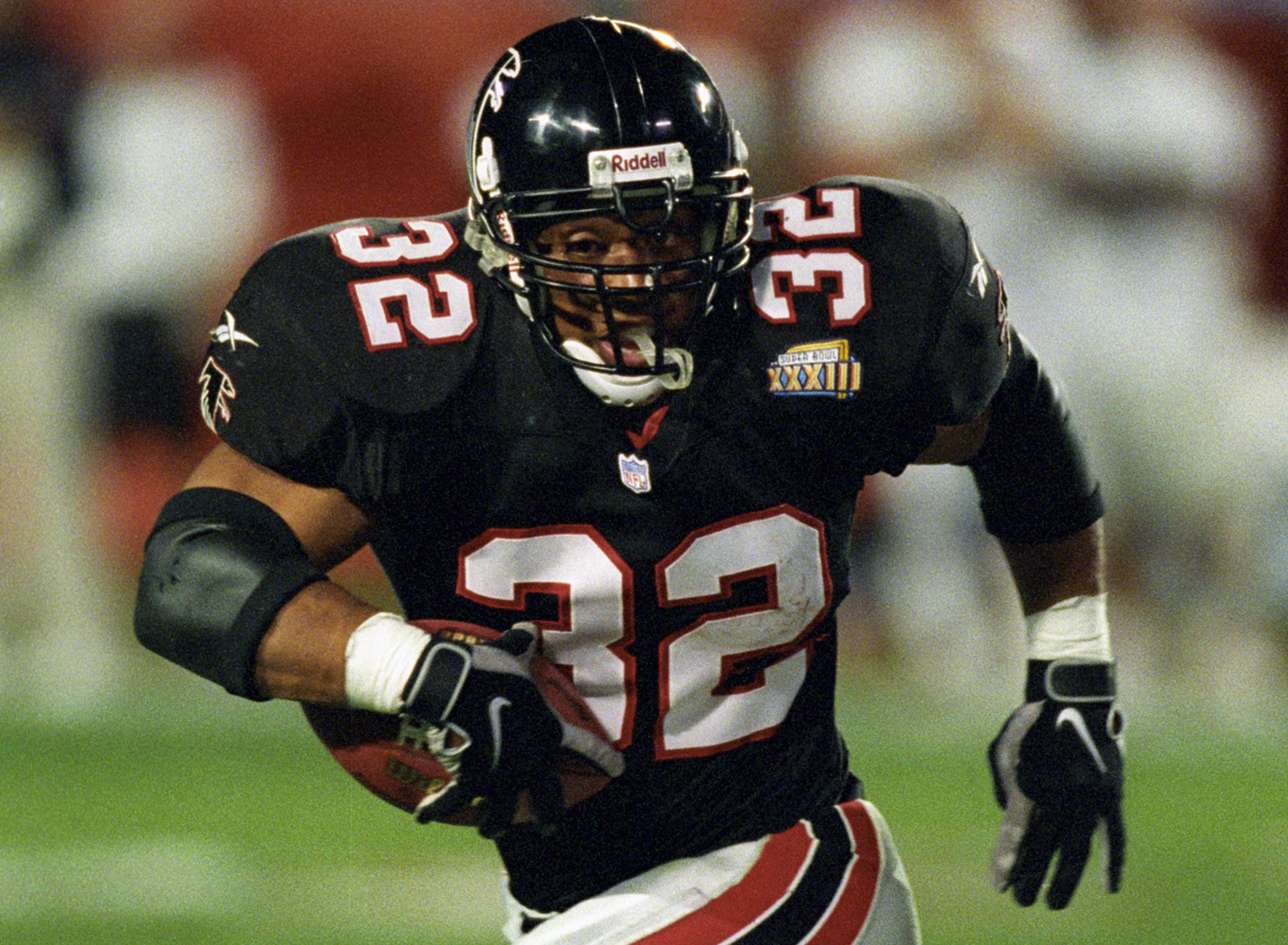 1994 NFL Draft, seventh round, Atlanta Falcons -- Anderson played eight seasons for the Falcons (1994-2001). He helped the Falcons reach Super Bowl XXXIII and was a one-time Pro Bowl selection. (National Football League)
