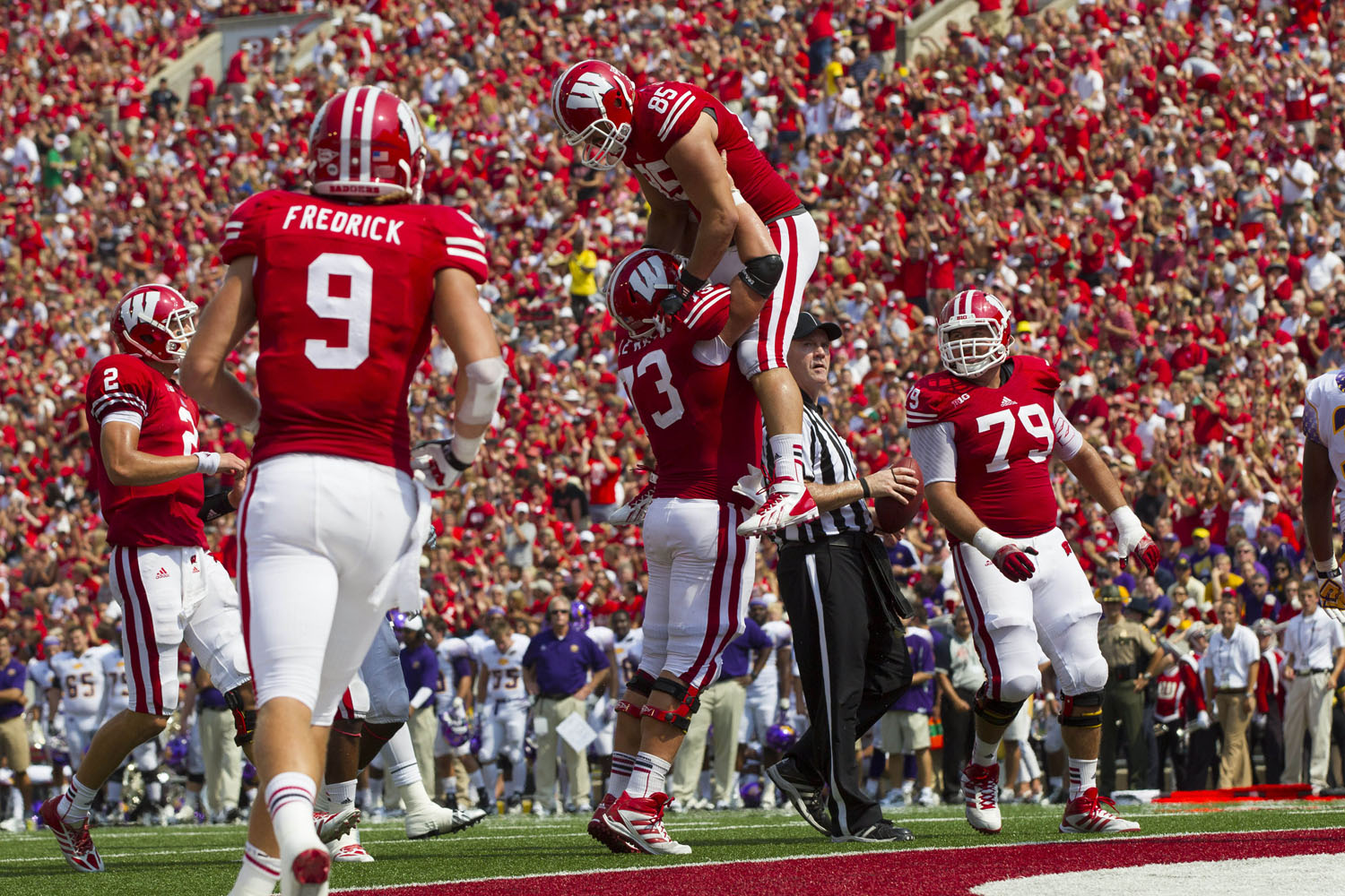Wisconsin Badgers tight end Brian Wozniak (85) celebrates a touchdown catch during the second quarter against the Tennessee Tech Golden Eagles at Camp Randall Stadium. (Jeff Hanisch/USA TODAY Sports)