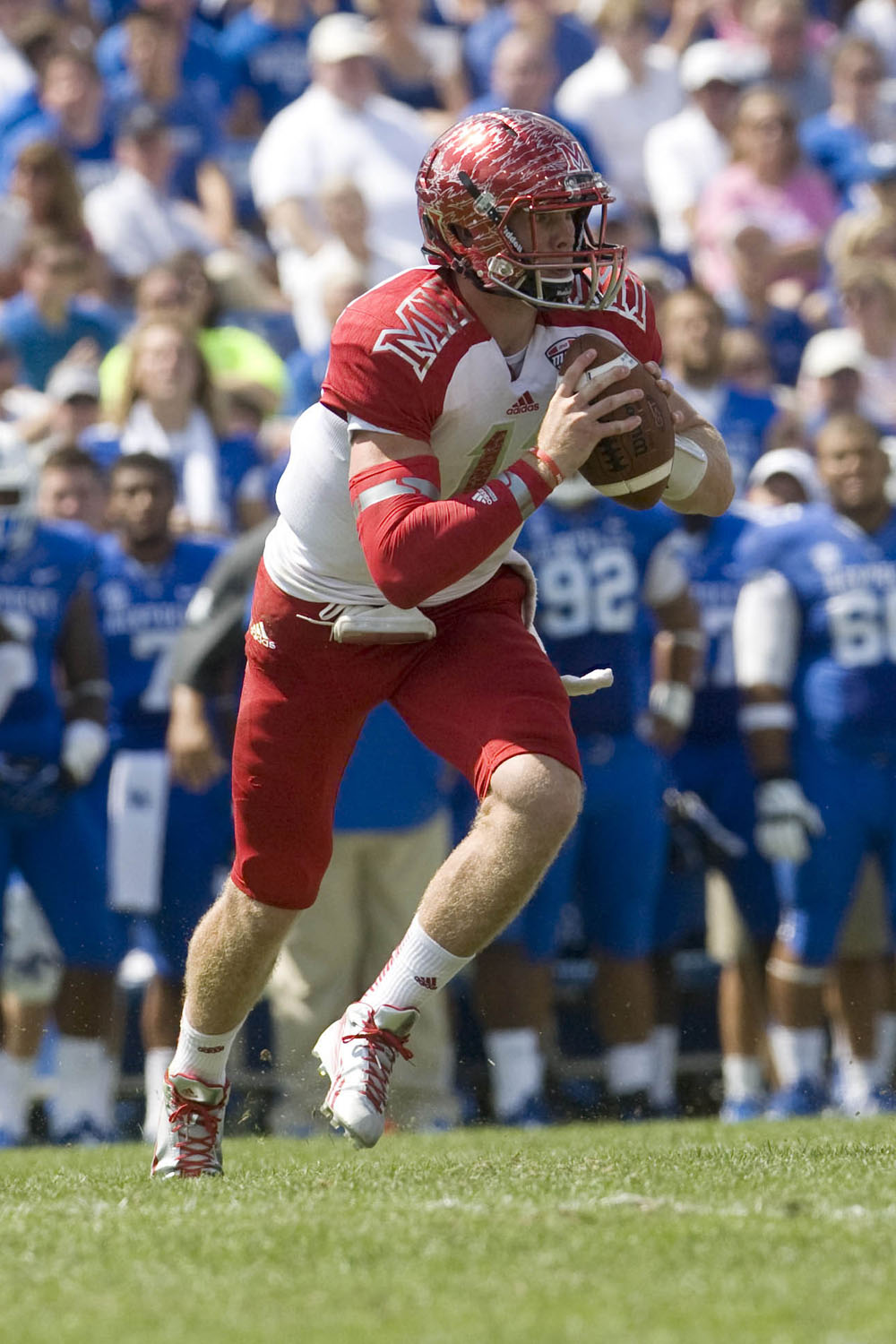 Miami (OH) takes on Kentucky at Commonwealth Stadium on Sep 7, 2013. (Mark Zerof/USA TODAY Sports)