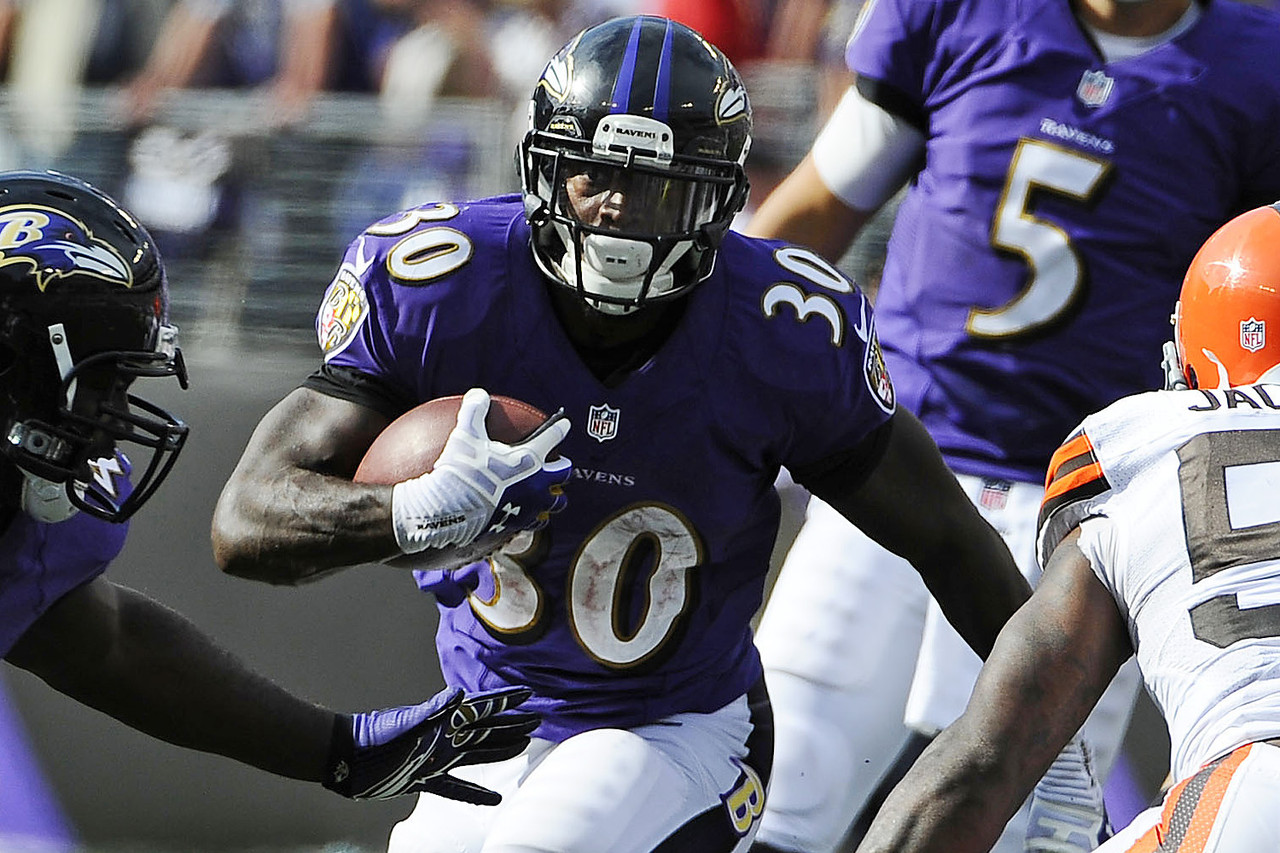 Pierce, one of the best backfield handcuffs in fantasy football, could wind up seeing a far greater role in the offense if Ray Rice's injured hip causes him to miss time. Regardless, Pierce should still be owned in more leagues -- even if it's just as insurance for his veteran teammate. The Ravens have a tough matchup against the Houston Texans next.