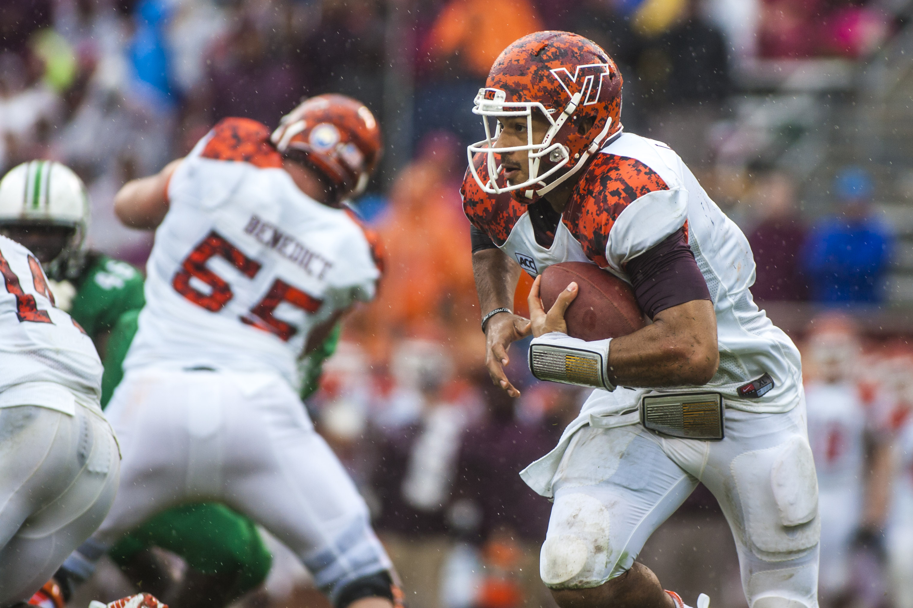 Sep 21, 2013; Blacksburg, VA, USA; Virginia Tech Hokies quarterback Logan Thomas (3) runs the ball against the Marshall Thundering Herd during the second half at Lane Stadium. (Peter Casey-USA TODAY Sports)