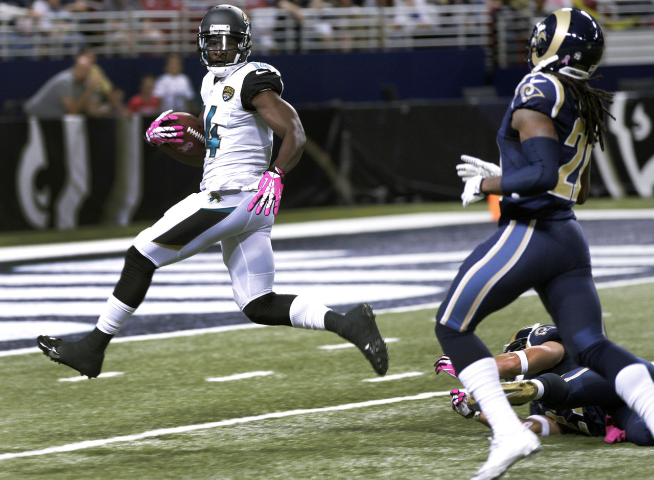One of the more talented young wideouts in the league, Blackmon returned from a four-game suspension with a bang. The former Oklahoma State standout caught five passes for 136 yards and found the end zone in a loss to the St. Louis Rams. The Jaguars will be playing catch-up a lot this season, so Blackmon will see his share of chances.