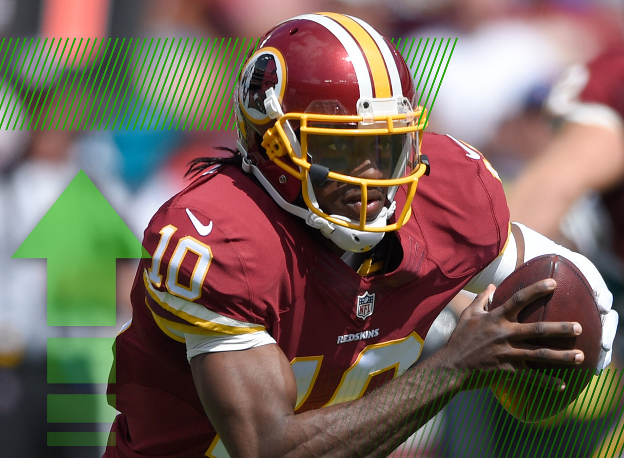 "<p>Weeks after dislocating his ankle, RGIII is <a href=""http://www.nfl.com/now/share?id=aa7fd980-f18a-4766-8f71-d9582e646e14"" target=""new""><b>on track</b></a> to return to the starting lineup soon. Whether or not that will be on Monday night against the Dallas Cowboys remains to be seen. However, he's worth adding if he ended up on the waiver wire in any of your leagues, and he could be a good buy-low candidate in a trade.</p>"