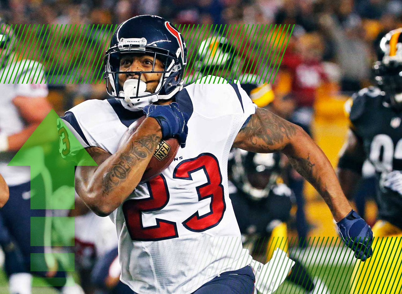 "<p>Foster has been <a href=""http://fantasynews.cbssports.com/fantasyfootball/update/24844358/obrien-arian-foster-practiced-hard-thursday-still-day-to-day"" target=""new"">practicing hard</a> this week, and reporters in the area believe he's likely to return to action this weekend, although he's still officially day-to-day. If Foster returns, Alfred Blue will return to a purely complementary role and will have little to no fantasy value.</p>"