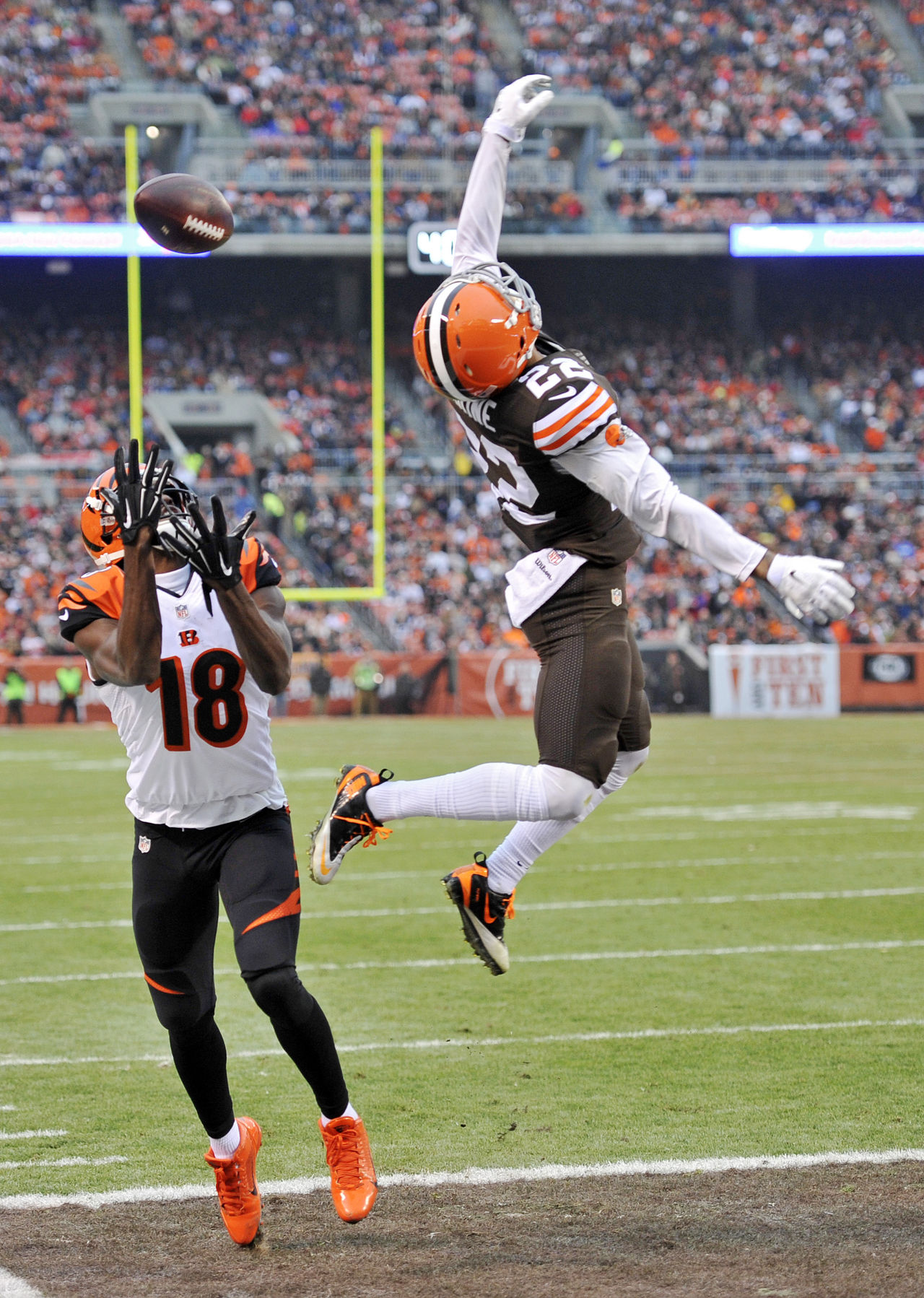 Buster Skrine NFLcom Photos Bengals Browns Football Jeremy Hill