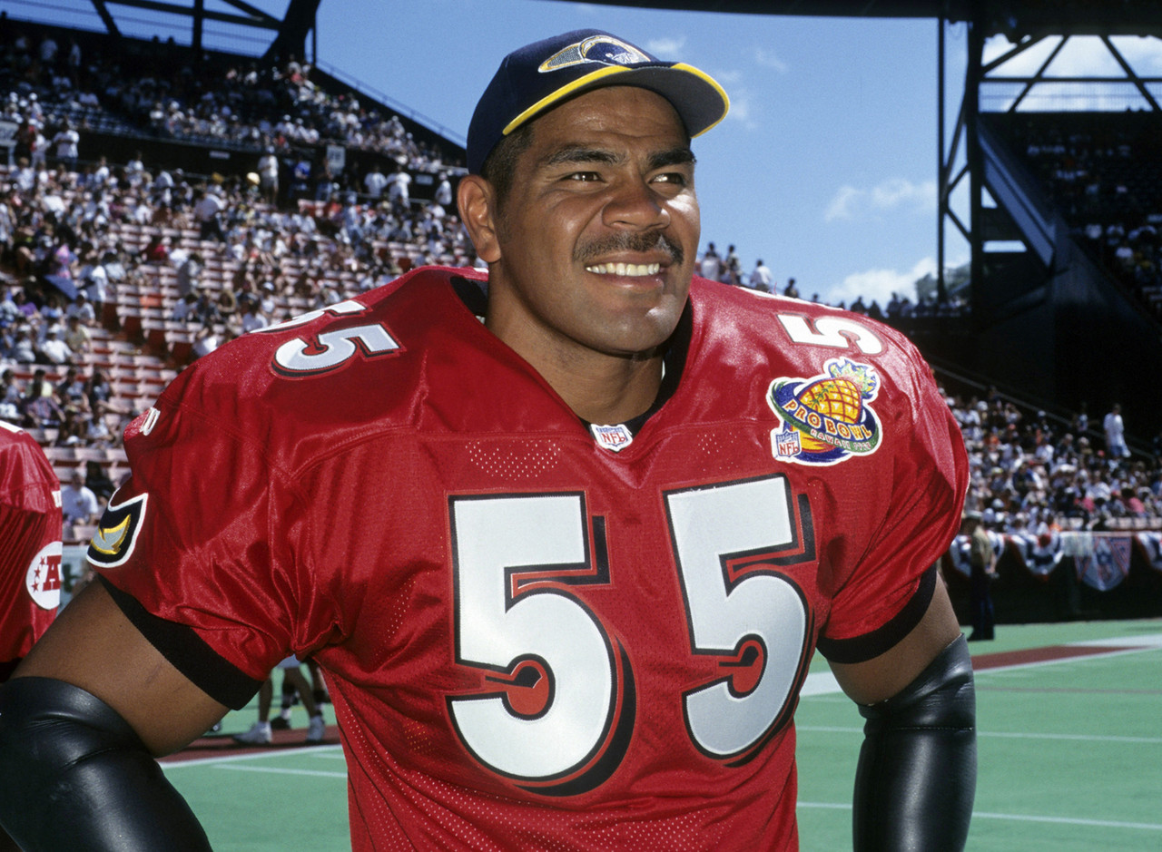 12-junior-seau-lb-1990-2009_pg_600.jpg