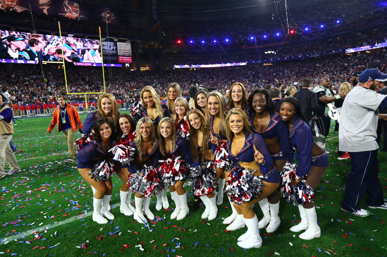 new england patriots cheerleaders wash the dogs pictures to pin on