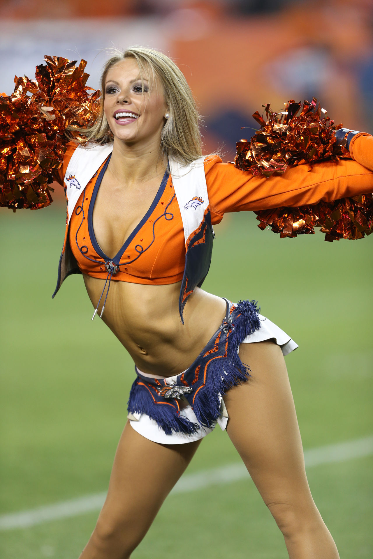 Official Site of the Denver Broncos Pictures of the broncos cheerleaders