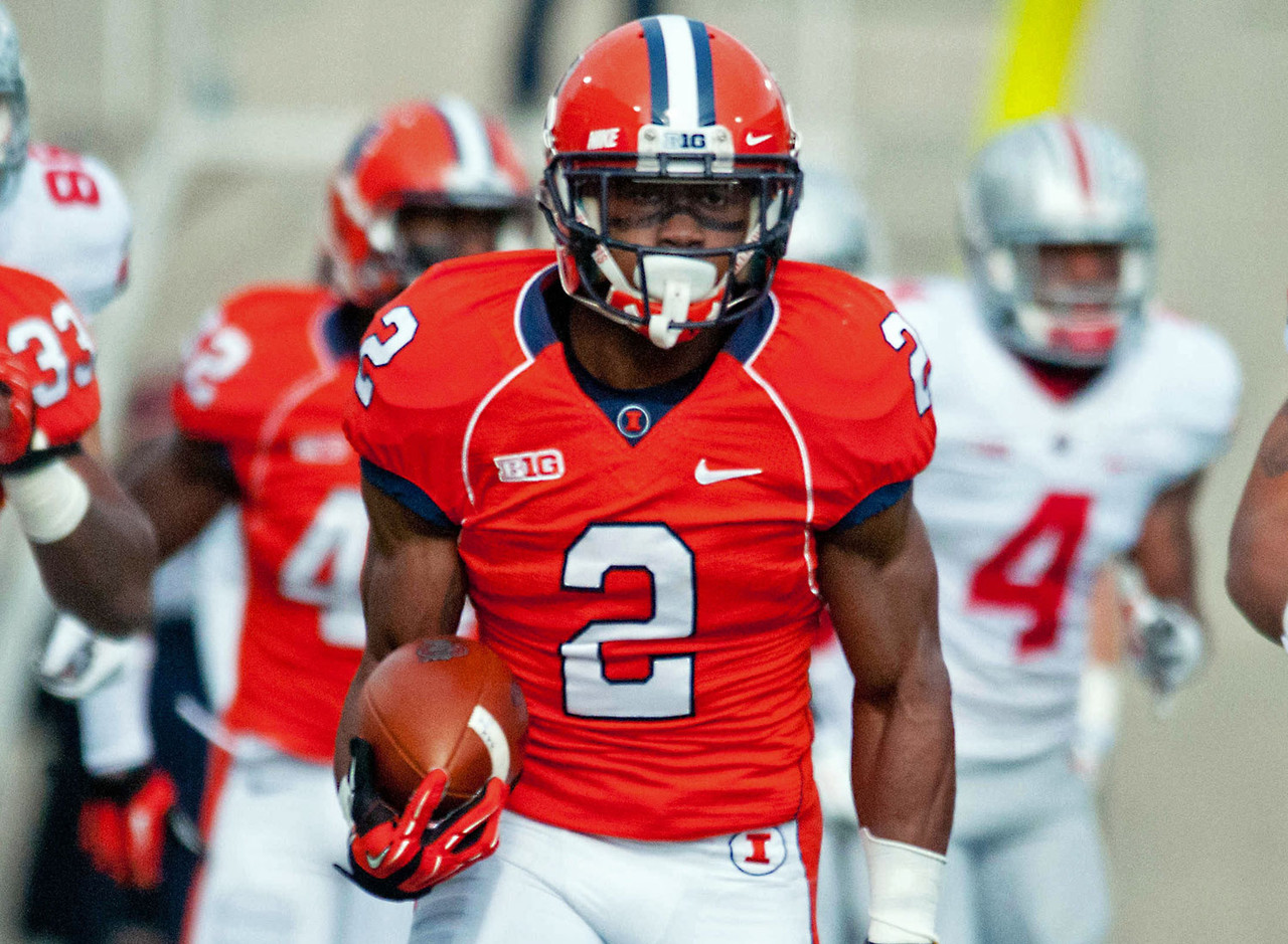 One of the most valuable players on the Fighting Illini roster, Bentley plays a big role in the secondary and serves as both punt returner and kickoff returner on special teams. He piled up more than 800 total return yards, including a 10-yard punt-return average. Defensively, Bentley scored on both an interception and a fumble return last year. Bentley was underappreciated on a 6-7 team last year, but he would play for a lot of the Big Ten schools ahead of Illinois in the standings.