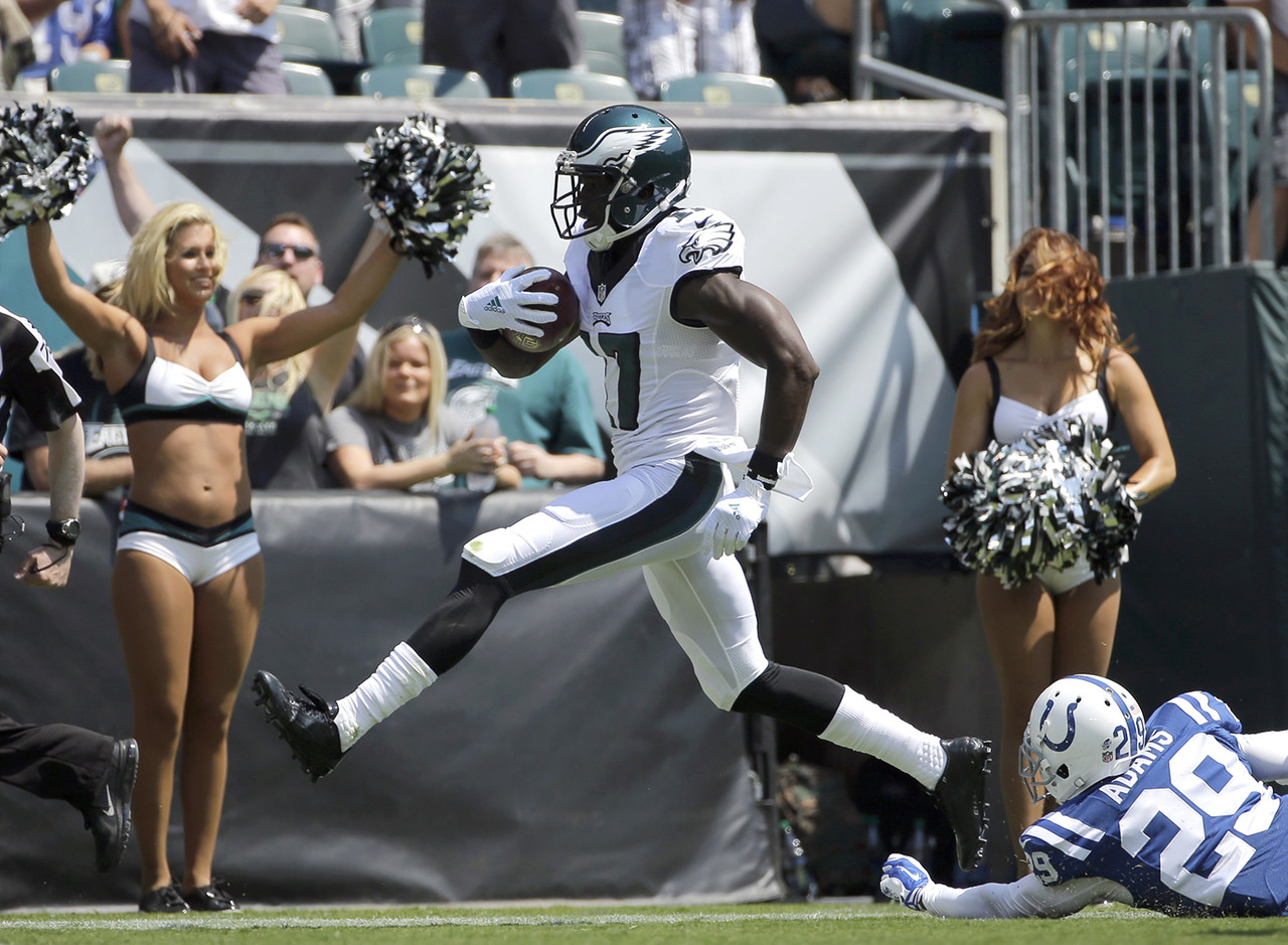 Agholor is an outstanding athlete with very long arms, a wide catch radius and top-end quickness. He's also an excellent punt returner, which will enhance his chances of making noise in this race. Two things concern me about him. First, he doesn't seem to be real strong, which could hamper his ability to deal with defenders trying to make it hard for him to get off the line of scrimmage. Second, he's on a team with plenty of other offensive weapons, including a rising second-year pro in Jordan Matthews, which means he might not put up the numbers necessary to make the cut. Still, I loved this kid coming out of USC, and I expect big things from him in 2015.