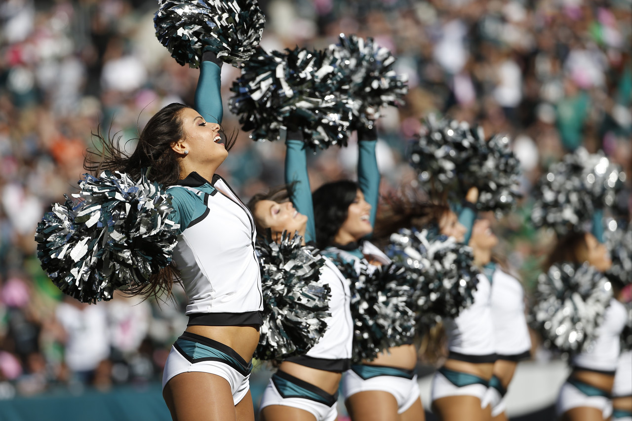Octomom: Home Alone - First Self-Pleasure Photos m Philadelphia eagles cheerleaders photos hot