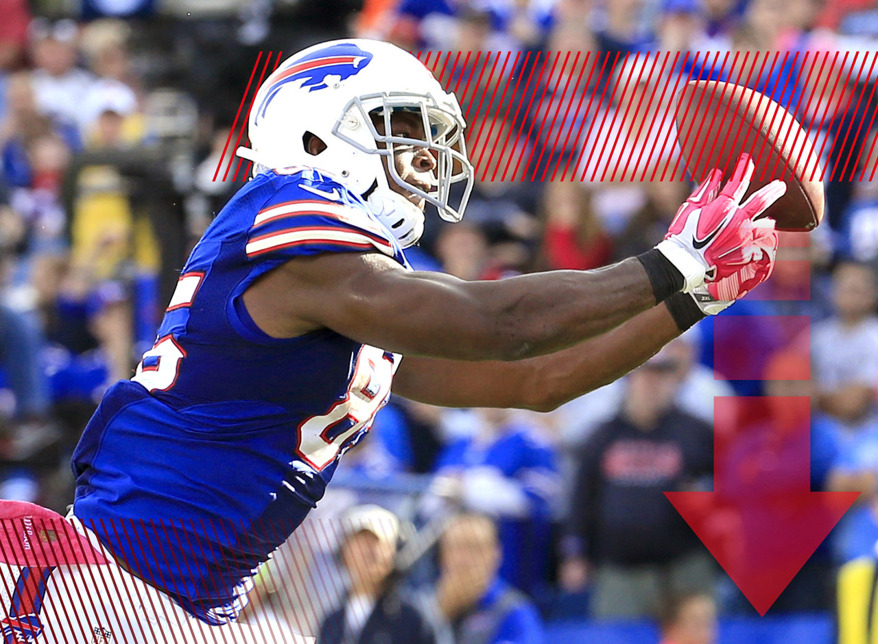 Tight end continues to be the most vexing position in all of fantasy football. Just when we think we've found a player we can cling to -- like Charles Clay -- someone like Chris Gragg comes into our lives and makes us rethink everything we thought we knew. Now we wait to see if this is the new way of things in Buffalo or if the Bills just got a good rate of exchange with Gragg in London. Regardless, we're back to the waiver wire looking for tight end help once again.