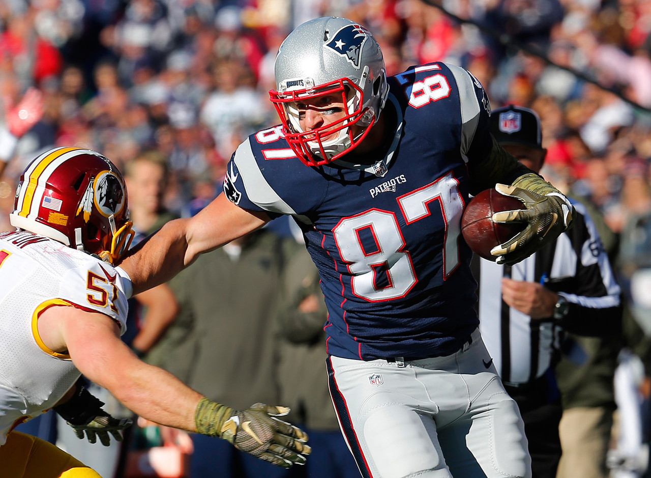 Gronk had found the end zone in three straight weeks prior to his 4.7-fantasy point dud in Week 9. Few teams are as bad at covering tight ends as the New York Giants. Expect a scoring bonanza from Gronk in Week 10.