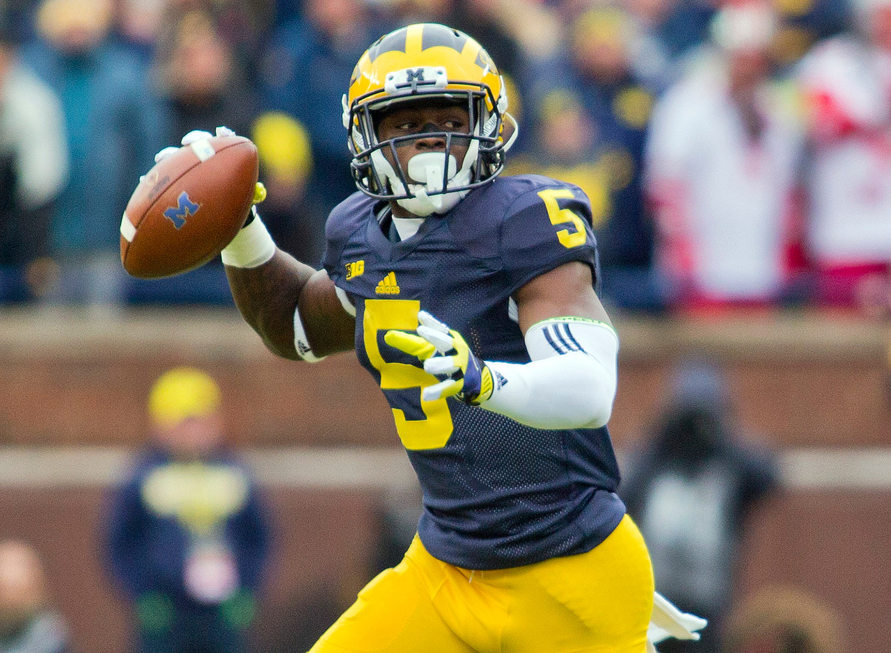 "The Wolverines' do-it-all star revealed <a href=""http://www.nfl.com/news/story/0ap3000000671750/article/jabrill-peppers-says-he-clocked-blistering-434-40yard-dash"">he was clocked at 4.34 seconds</a> in the 40-yard dash on Monday. It's an especially remarkable time given that Peppers is listed at 208 pounds, heavier than any other player listed here. As such, it's of little surprise that Peppers was also named one of CFB 247's <a href=""http://www.nfl.com/photoessays/0ap3000000665237"">most freakish athletes</a>, as well. Peppers' reputation for speed was earlier forged at the high school level, where he won New Jersey 100- and 200-meter state titles in back-to-back years, including a <a href=""http://btn.com/2014/06/03/video-jabrill-peppers-shows-off-speed-in-100-meter-dash/"">10.52 time in the 100 meters in 2014</a>."
