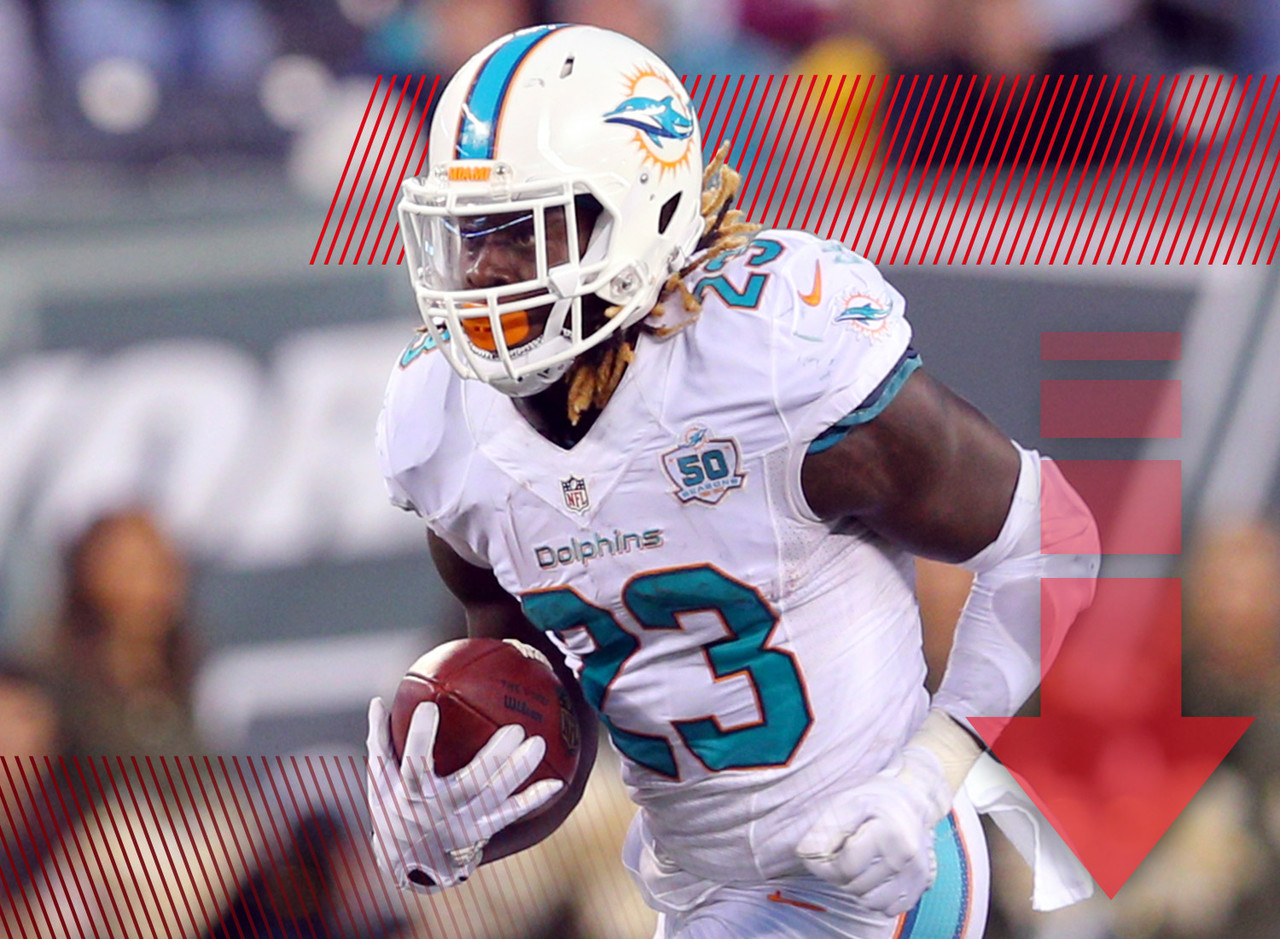 You know that feeling when you think you're about to have a row to yourself on an airplane and then a whole family rolls in at the last minute and drops down next to you? That's probably how Jay Ajayi feels with the Dolphins signing Arian Foster just before the start of training camp. Ajayi is going to still be the team's starter, but his workload this season just got a little lighter.