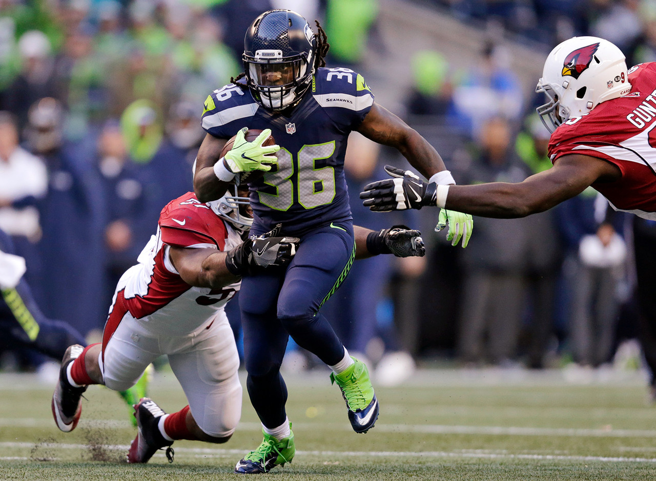 When Thomas Rawls left Sunday's loss to the Cardinals with a shoulder injury, Collins stepped in and absorbed 100 percent of the backfield opportunities. For those players whose championship stretches into Week 17, Collins should be the top priority add. If Rawls remains out, Collins will be the featured back in a plus matchup against the league's worst rushing defense -- the San Francisco 49ers.