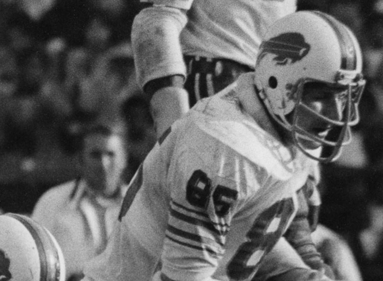 <b>Drafted by:</b> Buffalo Bills, 1972.<br /> <br /> Would you believe the first Notre Dame player to go No. 1 overall was Walt Patulski? Feel free to use that bit of trivia at the sports bar. Patulski started in Buffalo for four seasons before putting in a final year with Don Coryell and the 1977 St. Louis Cardinals. Patulski never lived up to his draft status, unfairly described as not being mean enough. His intellectual approach didn't mesh with Bills head coach Lou Saban.