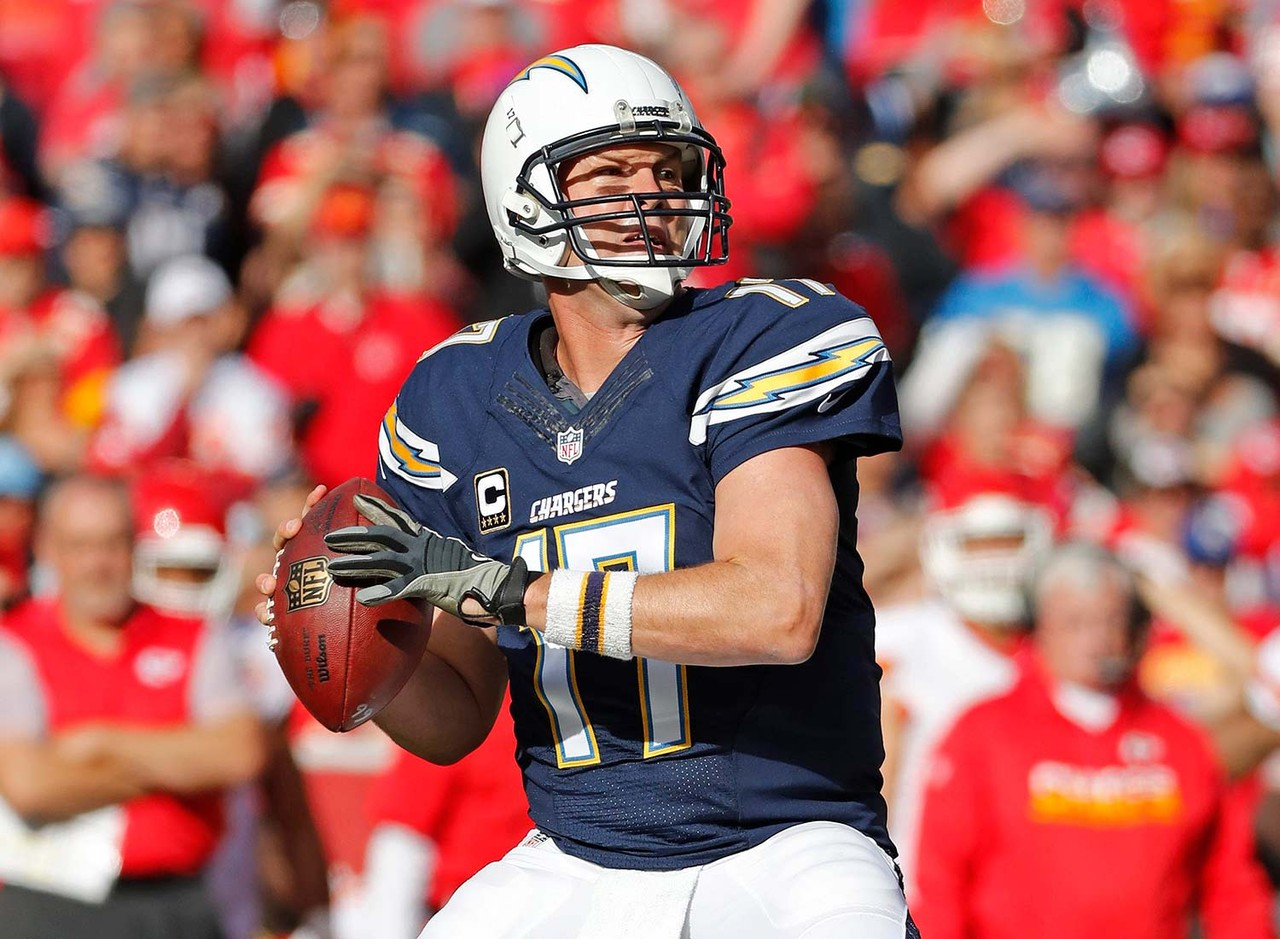 Rivers, who finished 14th in fantasy points among quarterbacks last season, has a new weapon in the pass attack with the addition of Clemson's Mike Williams. He joins a talented core of pass catchers that includes Keenan Allen, Tyrell Williams, Dontrelle Inman, Travis Benjamin, Antonio Gates and Hunter Henry. With so many attractive options, Rivers could push back into the top 10 among fantasy quarterbacks.