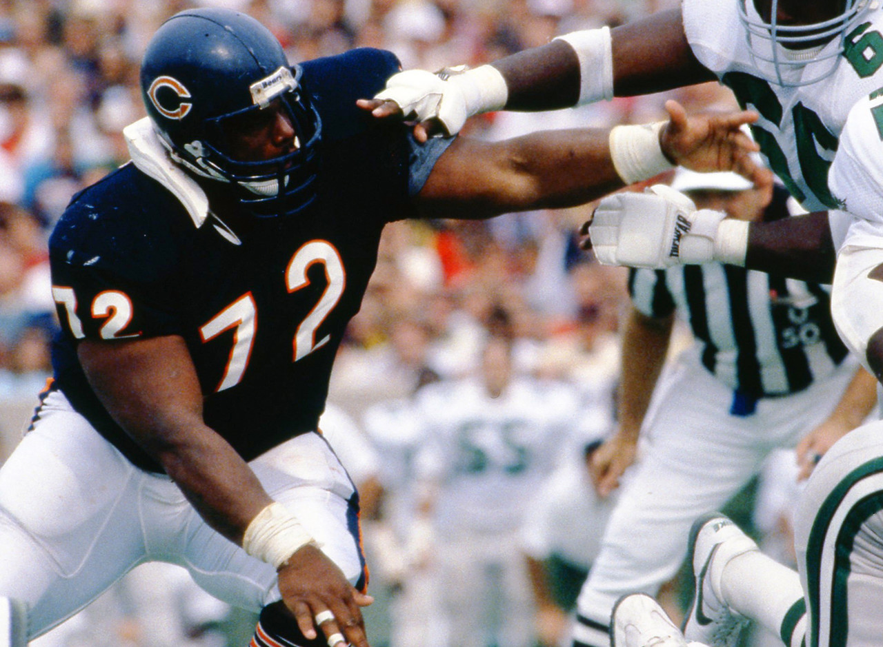 Chicago Bears, 1985-1993; Philadelphia Eagles, 1993-1994<br> » One-time Super Bowl champion<br> » Recorded 29.5 sacks in 138 NFL games