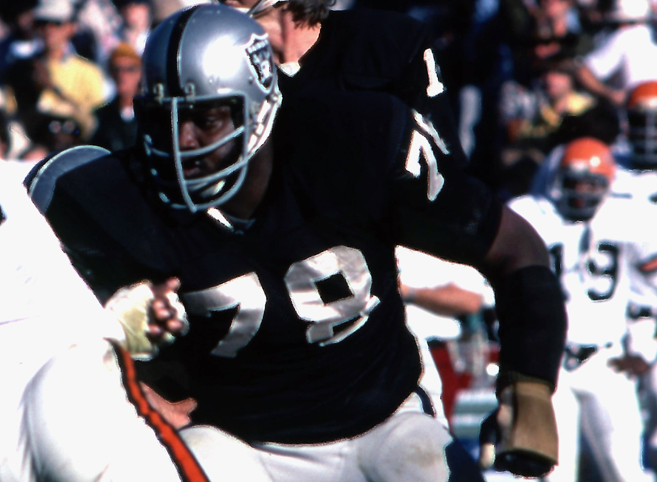 Oakland/Los Angeles Raiders, 1968-1982<br> &raquo; Voted to eight Pro Bowls; First Team All-Pro two times<br> &raquo; Two-time Super Bowl champion<br> &raquo; Enshrined into the Pro Football Hall of Fame