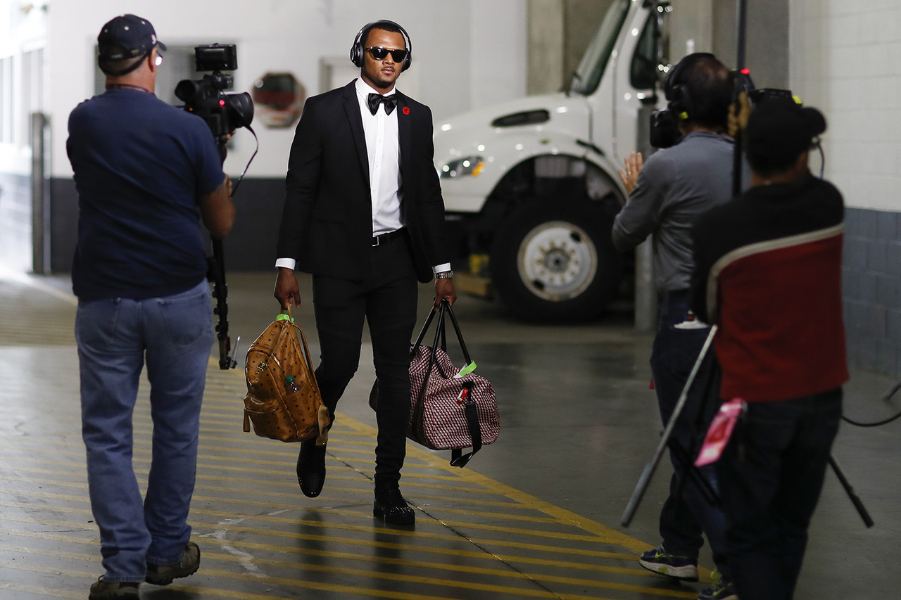 Houston Texans rookie quarterback Deshaun Watson arrives to the stadium prior to an NFL football game against the Cincinnati Bengals on Thursday, Sept. 14, 2017, in Cincinnati. Houston won 13-9.