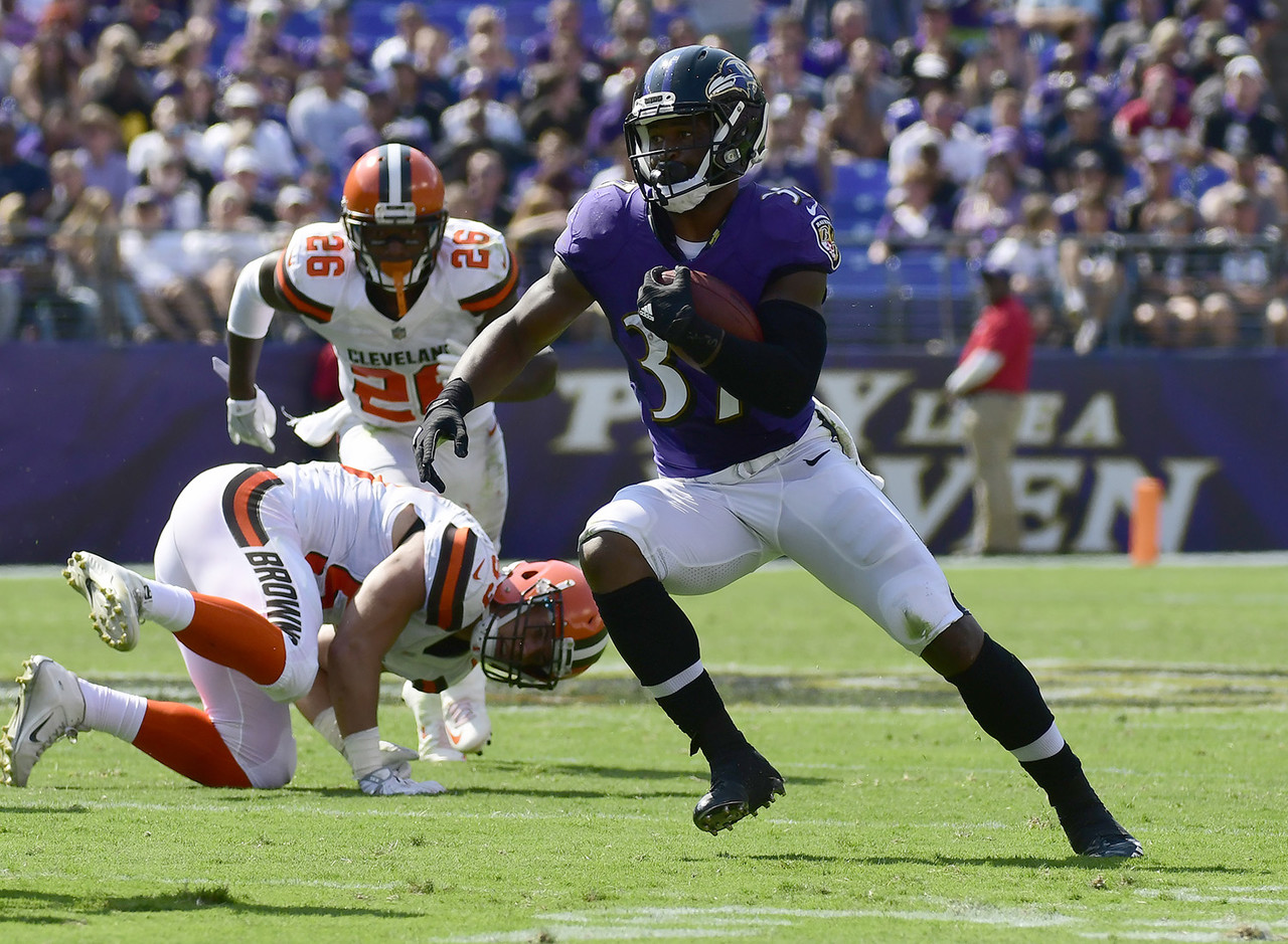 "Javorius ""Buck"" Allen was one of the top adds last week, but he's THE top add this week after a sterling performance in Week 2 against the Browns where he racked up 101 total yards and a touchdown while out-snapping Terrance West 43 to 15. With Danny Woodhead out for a while and Allen proving far more productive than West, he could turn this committee into a one-man show in no time. He's a must-add worthy of the No. 1 waiver priority and a massive portion of your FAAB budget. (Percent owned: 10.5, FAAB suggestion: 50+ percent)"