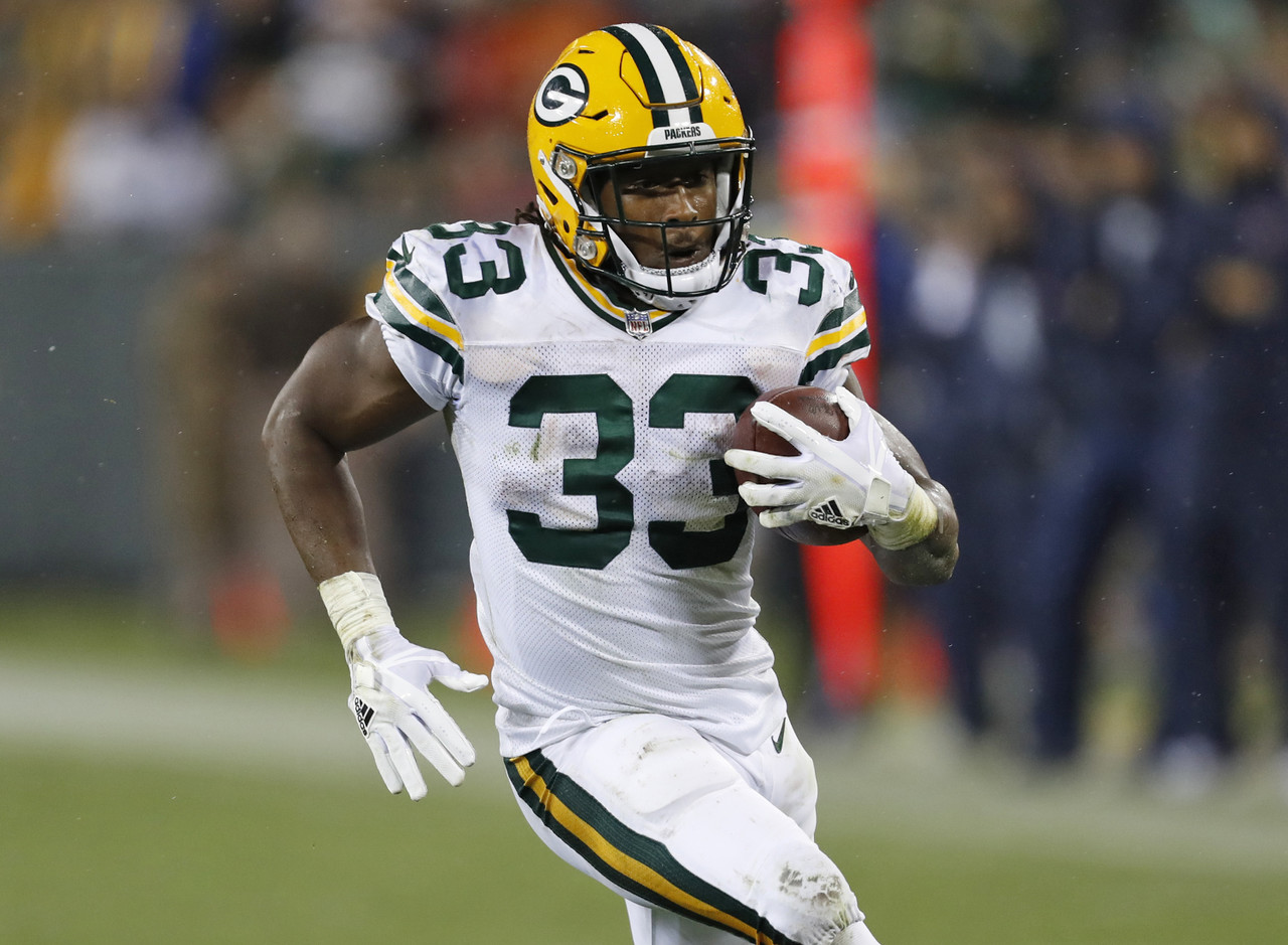 "The Packers battle of attrition continued on Thursday night, with both Ty Montgomery (ribs) and Jamaal Williams (knee) suffering injuries. That forced fifth-round rookie Aaron Jones into a featured role, where he delivered an encouraging performance (13 carries, 49 yards, one touchdown). While there are reports that Ty Montgomery <a href=""https://twitter.com/AdamSchefter/status/913904370273734656"" target=""new"">could play this weekend</a>, that feels a bit overly optimistic. The Packers have extra time to heal, or prepare Jones for a more prominent role as they head to Dallas. Montgomery was proof of how valuable the Packers starting running back could be in fantasy, even with mediocre efficiency numbers (3.3 yards per attempt). As long as Montgomery and Wiliams are out/limited for Week 5, Jones will be in the mix as an RB2/flex play. (Percent owned: 0.4, FAAB suggestion: 15-20)"