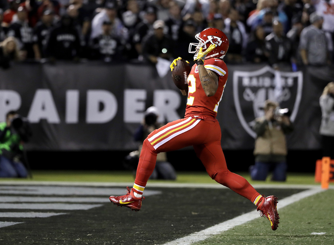 ... Kansas City Chiefs wide receiver Albert Wilson (12) celebrates toward  the end zone on . ... 4bb9fd6ce
