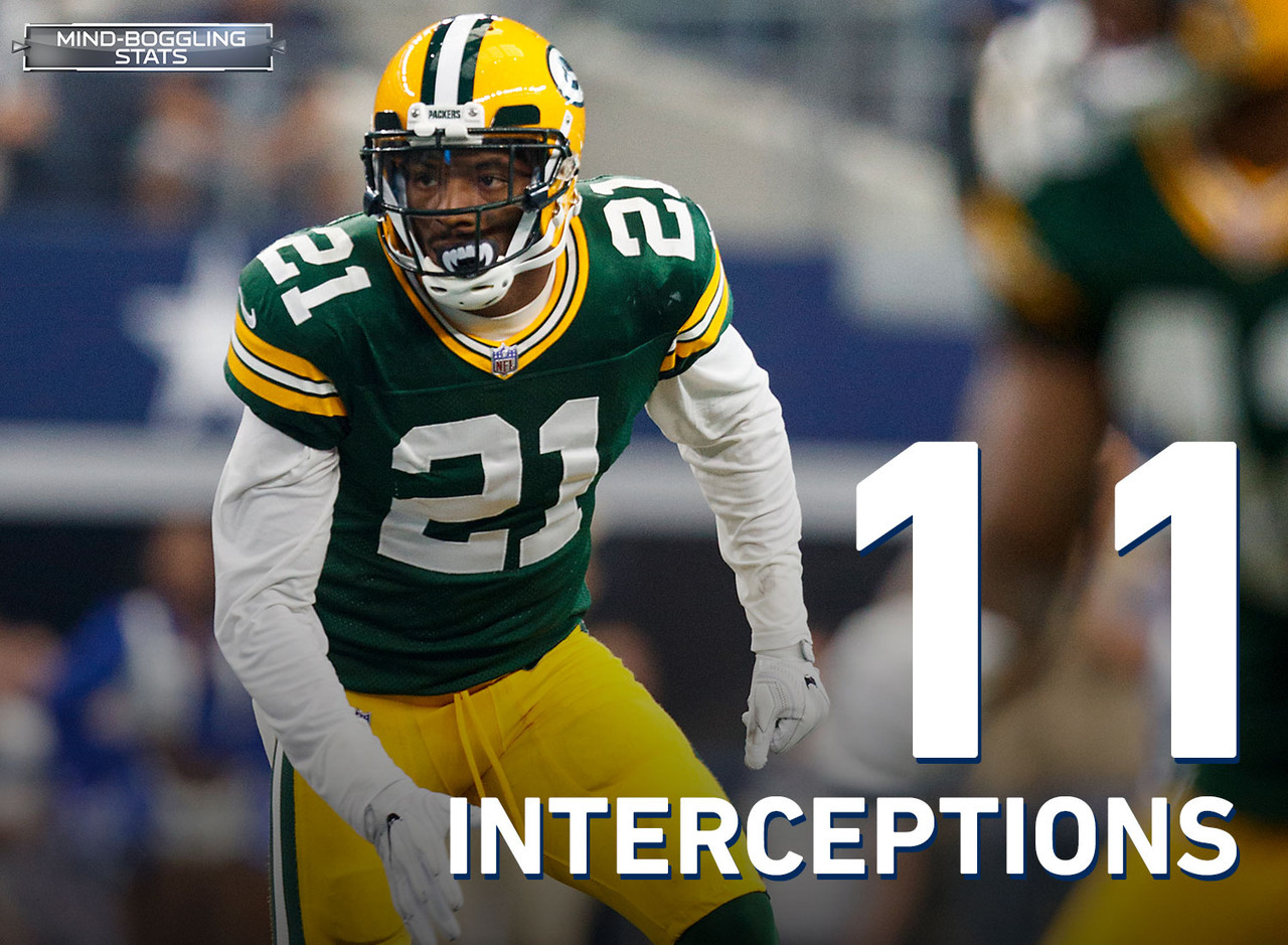 In 2017, Clinton-Dix joined Harrison Smith as the only two safeties in the NFL to tally at least 70 tackles, three-or-more interceptions and five-or-fewer missed tackles. Clinton-Dix is tied for the fourth-most interceptions (11) by a Packers safety in their first four seasons in the Super Bowl era.